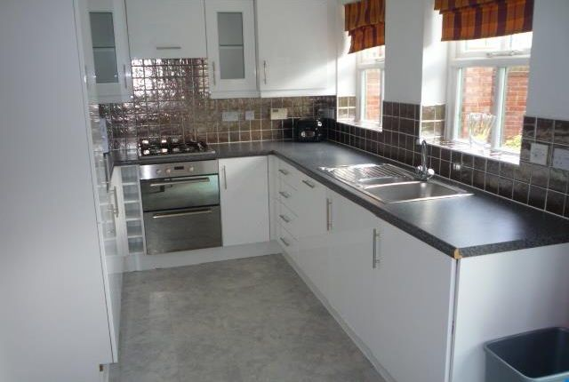 Thumbnail Property to rent in Denison Road, Victoria Park, Manchester