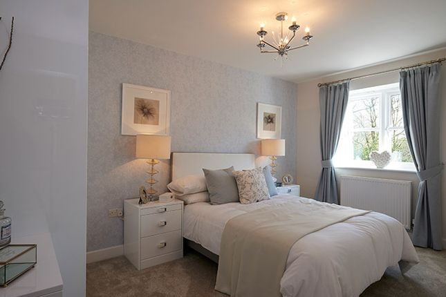 Thumbnail Town house for sale in Kingsfield Park, Tytherington, Cheshire