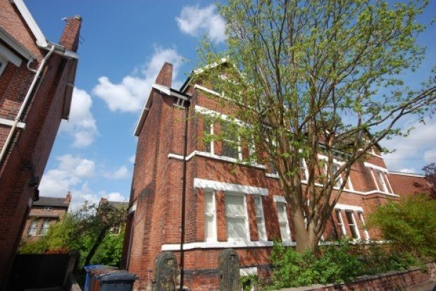 Flat to rent in 4 Victoria Avenue, Manchester