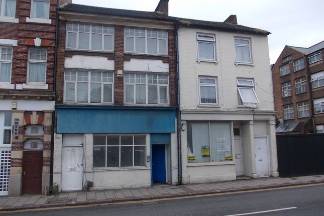 Thumbnail Block of flats for sale in Guildford Street, Luton