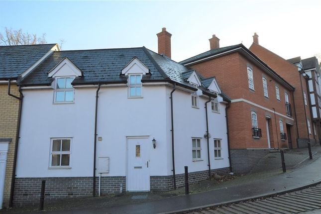 2 bed semi-detached house to rent in Waterside Lane, Colchester