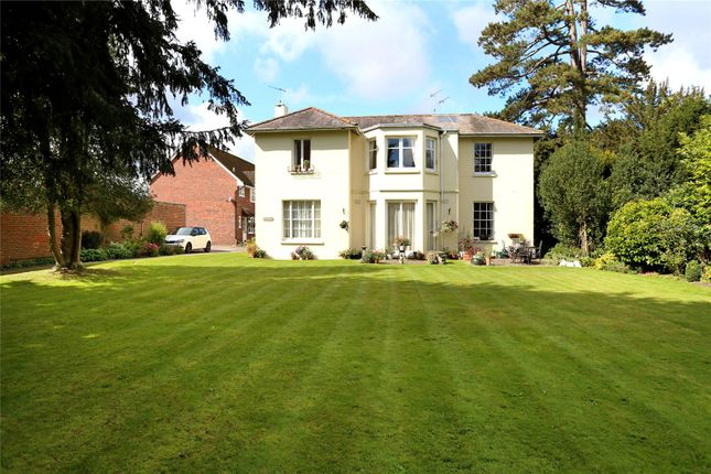 Flat for sale in Barton End, Alton, Hampshire