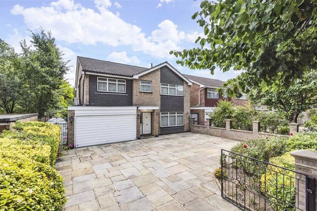 Thumbnail Detached house for sale in Broadwalk, South Woodford, London