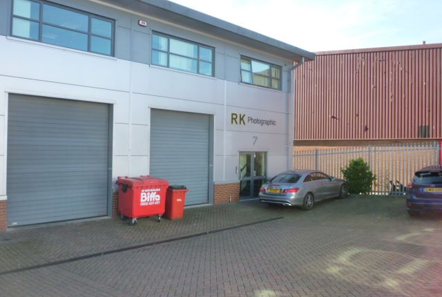 Thumbnail Industrial to let in Cranborne Road, Potters Bar