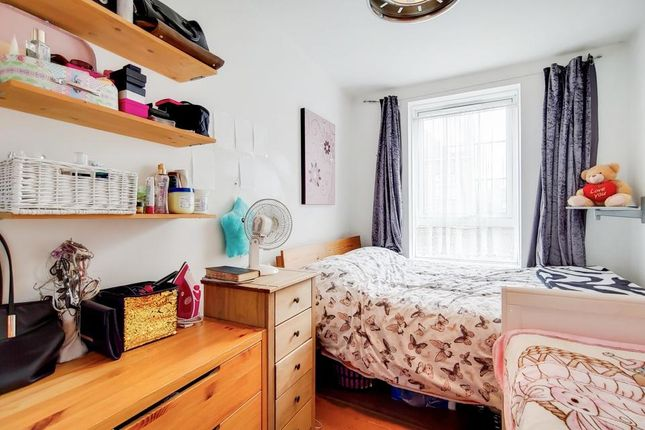 Second Bedroom of Bromley High Street, London E3