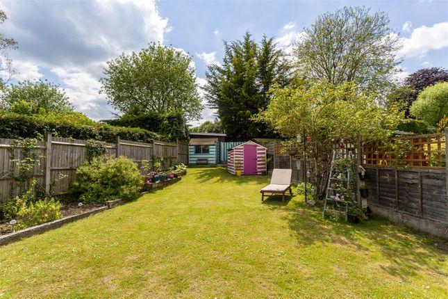 House-Rectory-Lane-Woodmansterne-Banstead-123