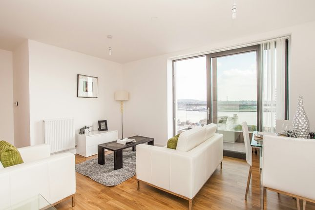Thumbnail Flat to rent in Connaught Heights, Waterside Park, Royal Docks