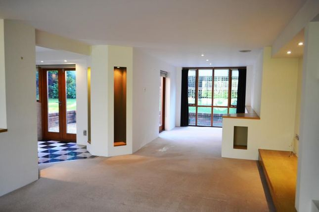 Thumbnail Detached house to rent in 42 Mapperley Hall Drive, Mapperley Park, Nottingham