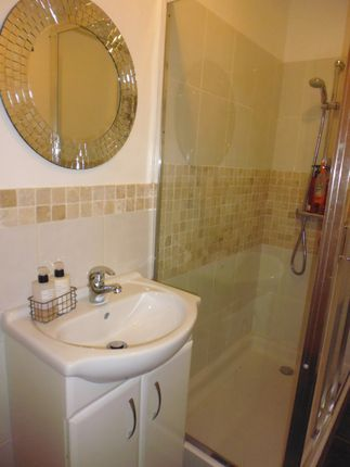 Shower Room  of Fff, 5, Duncan Street, Port Bannatyne, Isle Of Bute PA20