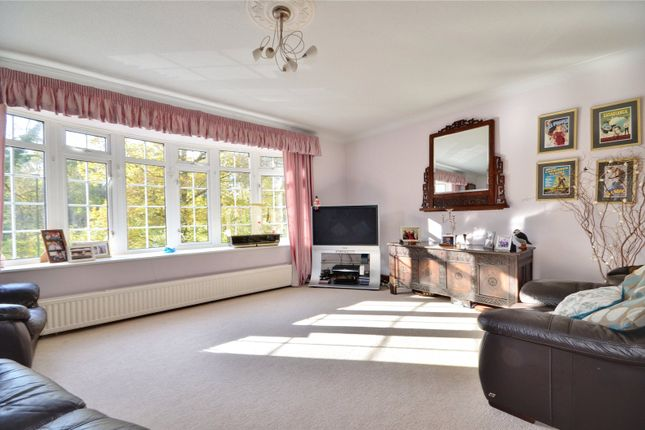 Lounge of East Grinstead, West Sussex RH19