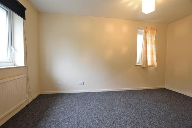 Bedroom 1 of Worcester Close, Scunthorpe DN16