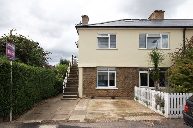 2 bed maisonette for sale in Chestnut Grove, Ealing