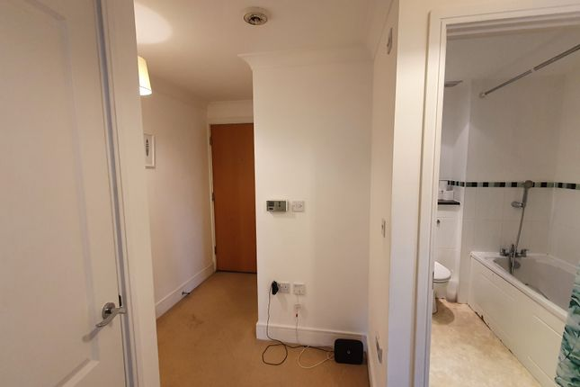 Flat for sale in Propelair Way, Colchester