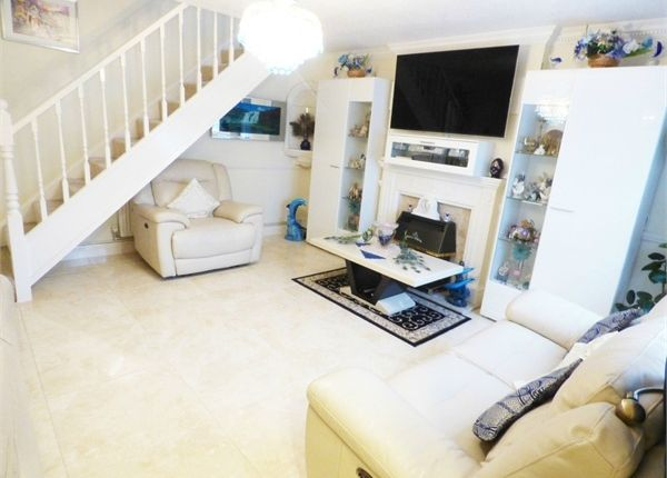 Thumbnail Terraced house to rent in Lapponum Walk, Hayes, Middlesex