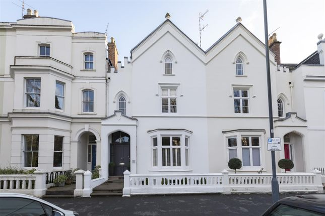 Thumbnail Terraced house for sale in Beauchamp Avenue, Leamington Spa