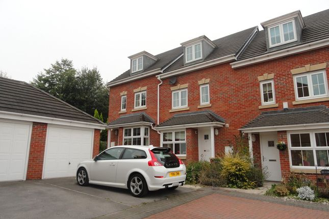 Thumbnail Town house to rent in Ashfield Close, Penistone, Sheffield