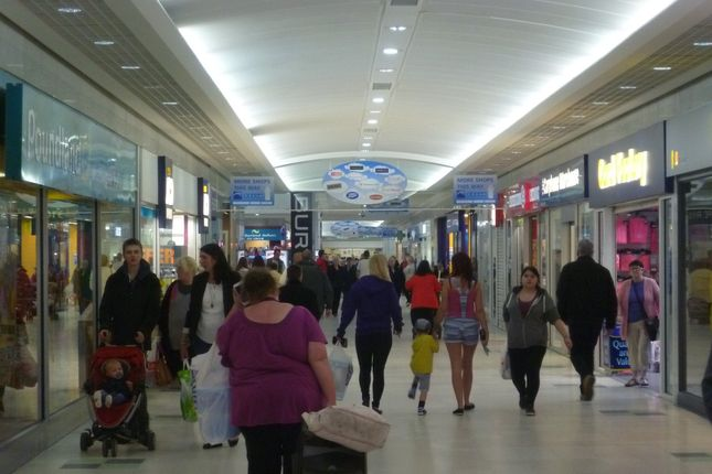 Thumbnail Retail premises to let in 80/81 Forest Walk, Shopping City, Runcorn