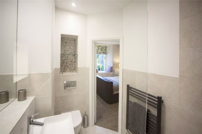 Master En Suite of Marlborough Buildings, Bath BA1