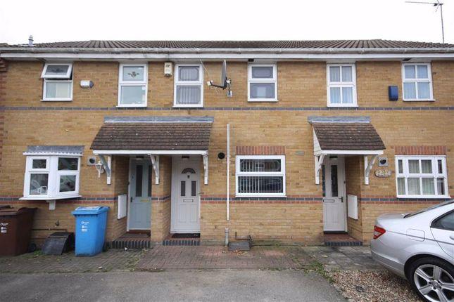 2 bed terraced house to rent in Beamsley Way, Kingswood HU7