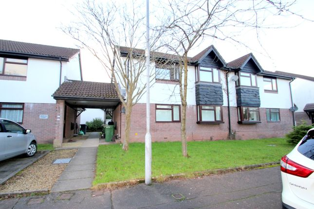 Thumbnail Flat to rent in Heath Park Drive, Cardiff
