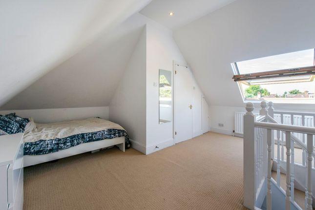 Bedroom of Hendon Way, London NW2
