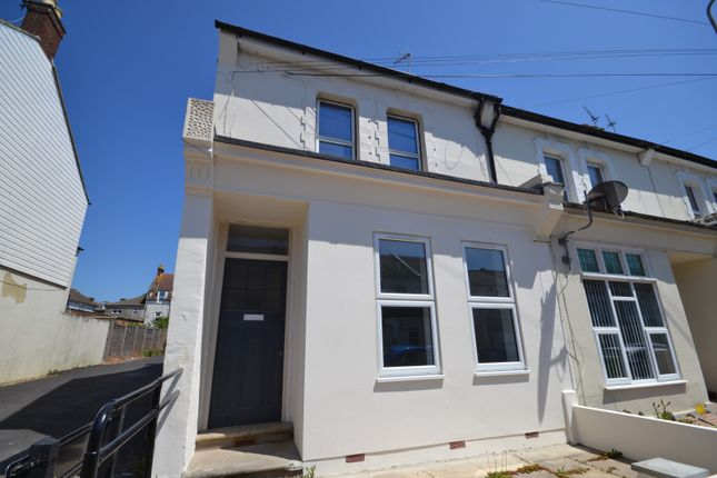 Thumbnail Flat to rent in Windsor Road, Bexhill On Sea