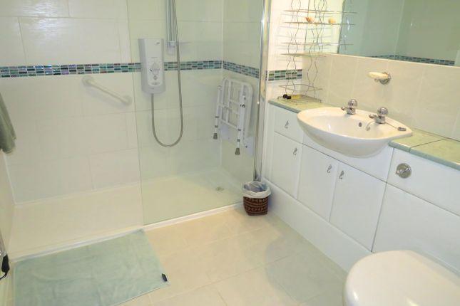 Bathroom of Waterside, St. Thomas, Exeter EX2