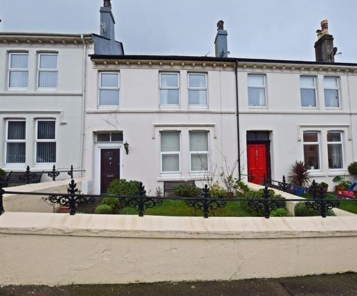 3 bed property for sale in Farrant Street, Douglas