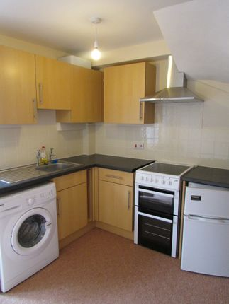 Thumbnail End terrace house to rent in Avenue Road, Torquay