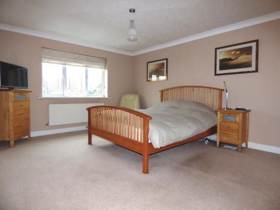 4 bedroom detached house for sale in Fields End Close, Hampton Hargate, Peterborough, Cambridgeshire