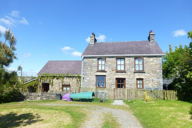 Thumbnail Farm for sale in Heol Lotwen, Capel Hendre, Ammanford, Carmarthenshire.