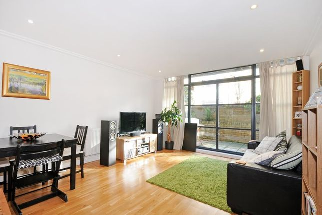 Thumbnail Flat to rent in Town Meadow, Brentford