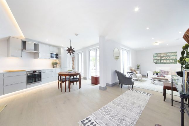 Thumbnail Detached house for sale in Winders Road, Battersea, London