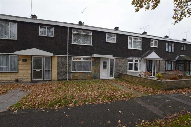 Thumbnail Terraced house to rent in Neville Shaw, Basildon, Essex
