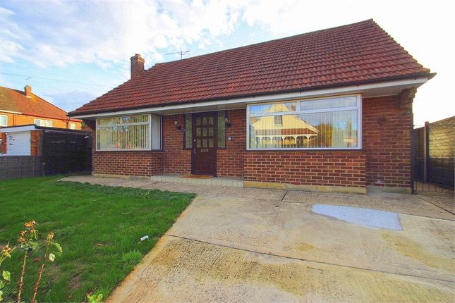 Thumbnail Detached bungalow to rent in Victoria Road, Eton Wick, Berkshire