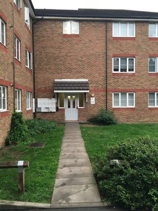 Thumbnail Flat for sale in Ardent Street, Grays Essex