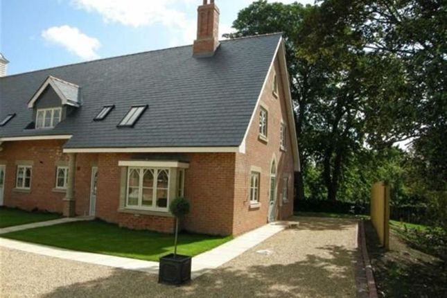 Thumbnail Terraced house to rent in New Court Gardens, Retford