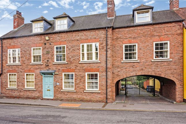 Thumbnail Flat for sale in High Street, Kinver