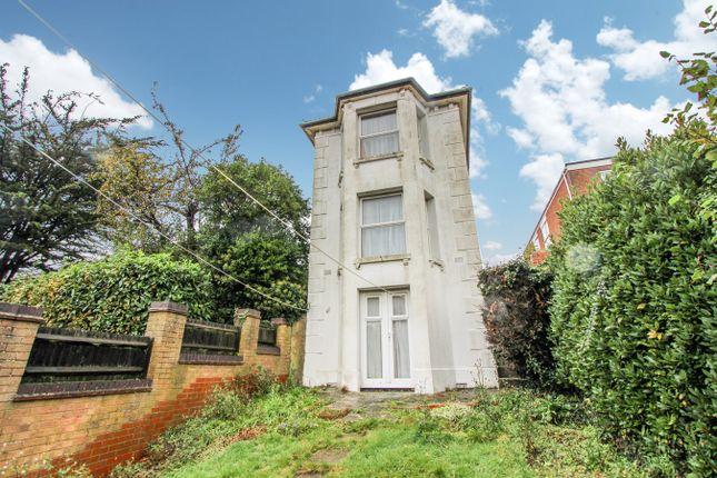Millbrook Road East, Freemantle, Southampton SO15
