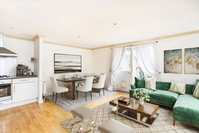 Thumbnail Flat for sale in Clephane Road, London