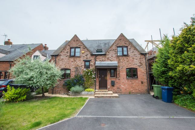 Thumbnail Detached house to rent in Haycroft Close, Bishops Cleeve, Cheltenham