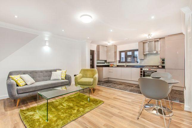 Thumbnail Flat to rent in Tara Apartments, Commercial Road, Whitechapel, London
