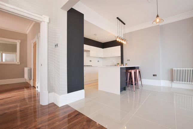 Kitchen/Entrance Hallway
