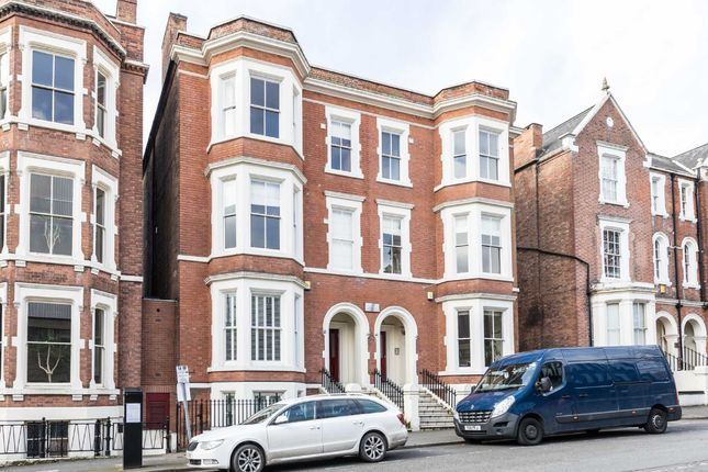 Thumbnail Flat for sale in Wellington Court, East Circus Street