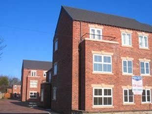 Flat for sale in Wobourn Court, Ossett, West Yorkshire