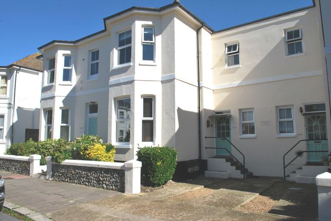 Thumbnail Flat to rent in Selden Road, Worthing
