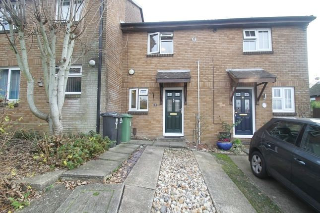 2 bed terraced house to rent in Cambrian Close, Bursledon, Southampton SO31