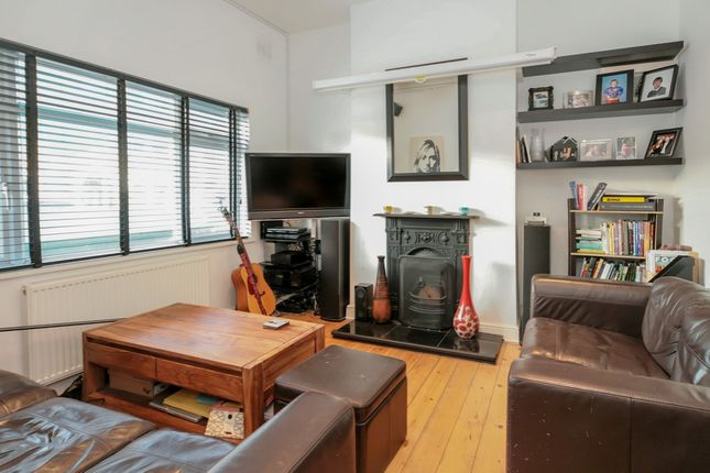 Thumbnail Terraced house to rent in Worlingham Road, London