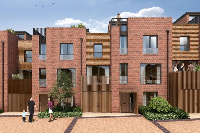 Thumbnail Town house for sale in Woodside Square, Muswell Hill, London