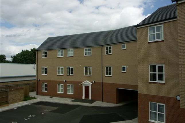 Thumbnail Flat to rent in Bentley House, Abbeygate Court, March